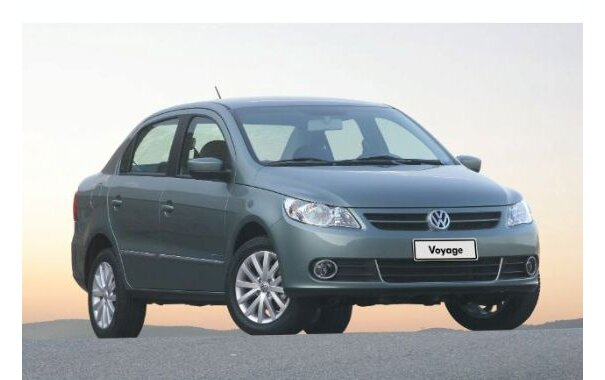 Volkswagen Voyage 2011