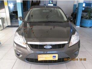 Super Oferta: Ford Focus Hatch GLX 1.6 16V (Flex) 2011/2012 4P Cinza Flex