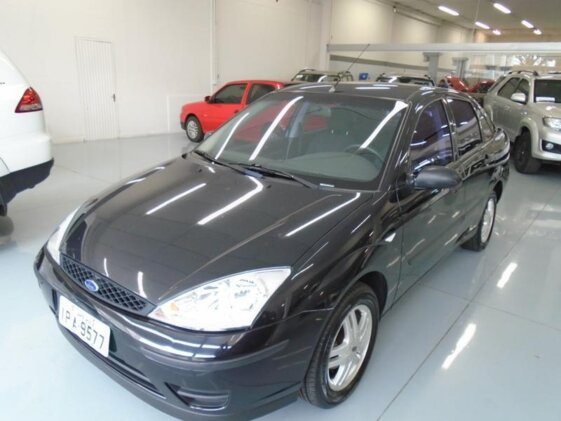 FORD FOCUS SEDAN GLX 2.0 16V DURATEC