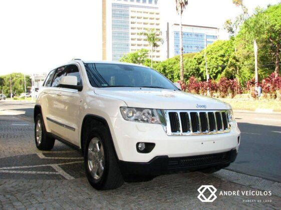 JEEP GRAND CHEROKEE LAREDO 3.6  AUT