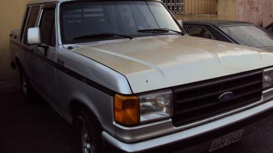 FORD F1000 3.9  CAB DUPLA