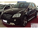 Mercedes-Benz ML 63 AMG 6.2 V8 Preto