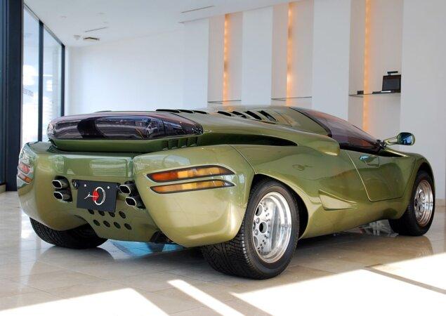 Modelo é equipado com motor 5.2 a gasolina de 461 cv