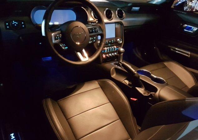 Interior do Mustang