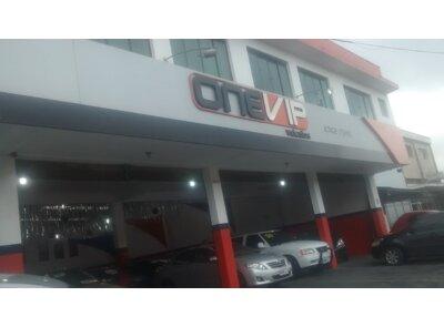 ONE VIP VEÍCULOS