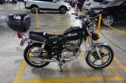 Denatran quer proibir motos de usar baú