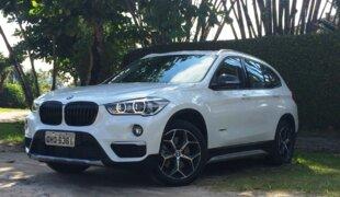 BMW chama X1 por problema no revestimento do painel