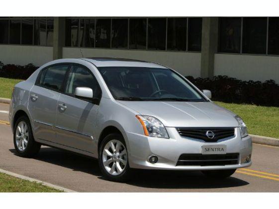 Nissan Sentra SR 2.0 16V CVT (Flex) 2013