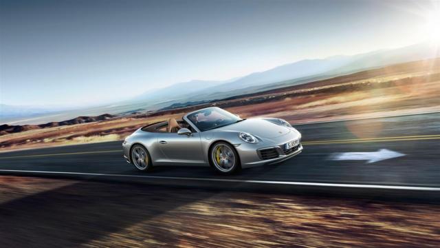 c748b6946b7b9 Leia mais sobre o Porsche 911 Cabriolet