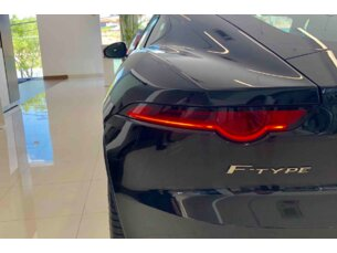 Jaguar F-Type F-Type 2.0 R-Dynamic Coupe P300