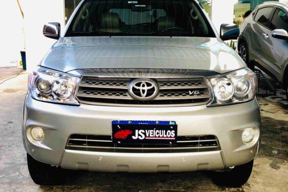 TOYOTA HILUX SW4 SRV 4X4 4.0 V6 24V  AUT