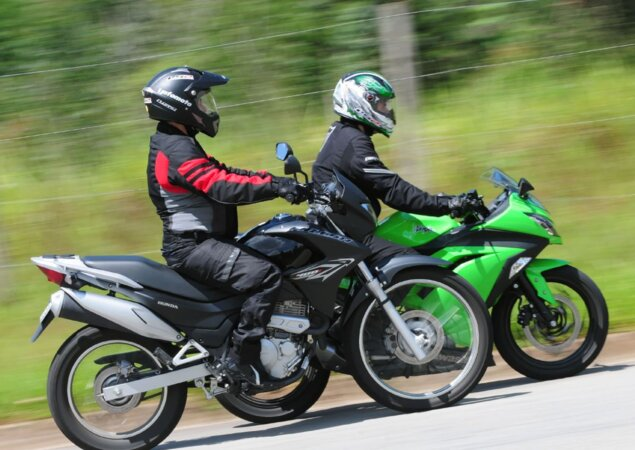 Kawasaki Ninja 300 Ou Honda Falcon Nx400i Notícias Icarros