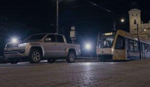 VW Amarok V6 puxa um trem de 49 toneladas na Europa
